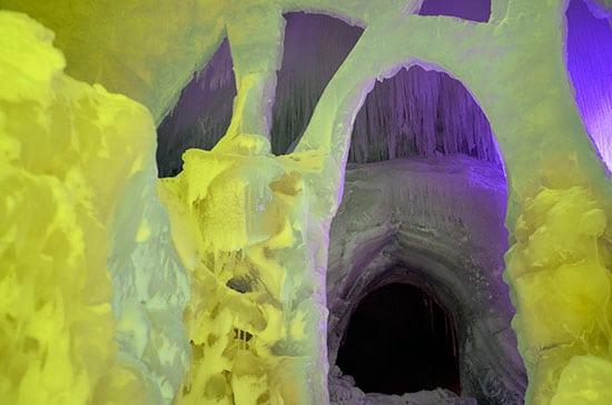 Niseko Ice Village不思議な通路