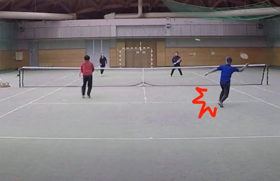 テニスで肉離れ